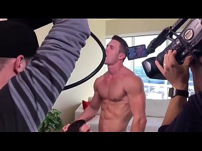 Mannequin Challenge with Ryan Rose (#Pornstar)