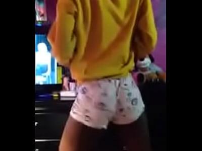 sexy petite young black,ebony bottom, crossdresser twerking my booty .. tulsa,o