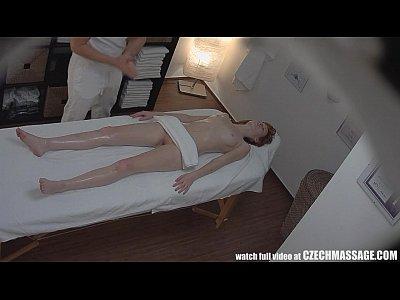 estrema appassionato rossa sedotto in sala massaggi