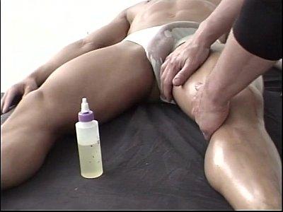Niko Reeves Massage