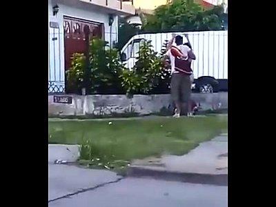 cojiendo en la calle