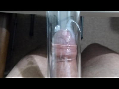 Vacuum Cleaner Suck Flutter and Cum 2