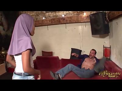 Djamila Zetoun - مسلم عاهرة