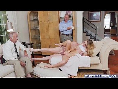 Horny hottie chick Molly Mae loves a big hard cock