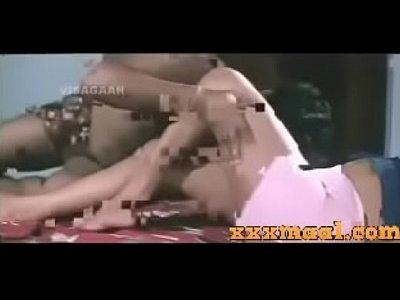 xxxmaal.com-Hot mallu Romance with Boy Friend Nipps visible