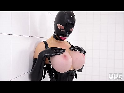 Prick on a Stick - Latex Lucy gets Drilled by a Fucking Machine