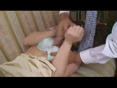 【熟妻、レイプ】この後、この爆乳妻がかなり乱暴に犯されます。乳輪のエ...