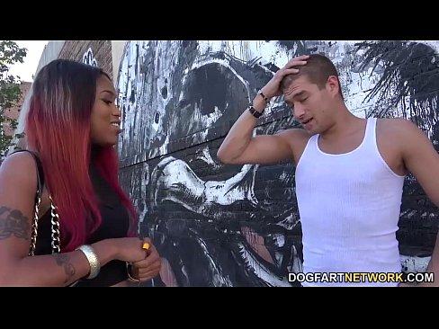 Goddess Kyra Fucks A White Guy For Fame