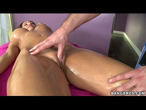 Sensual Massage for Big Tit Ava Addams