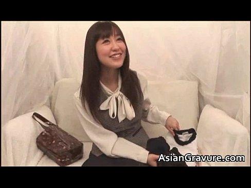 【xvideos】体操着でブルマ女のぶっかけ手コキ無料エロ動画!