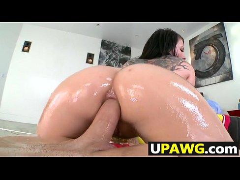 White girl Casey Cumz loves cock in her butt