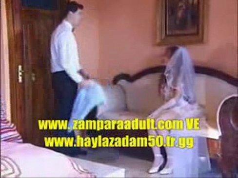 Кино секс азербайджанский, девушка слизывает сперму с киски своей подруги смотреть видео