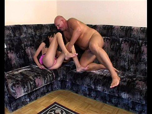 Частное домашнее порно папа ебеться