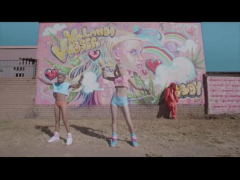 Die Antwoord - Baby's on Fire (Yolandi Only Music Video)