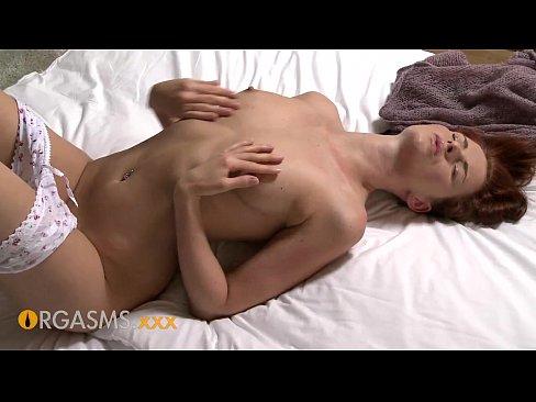 Женская мастурбация-короткие ролики