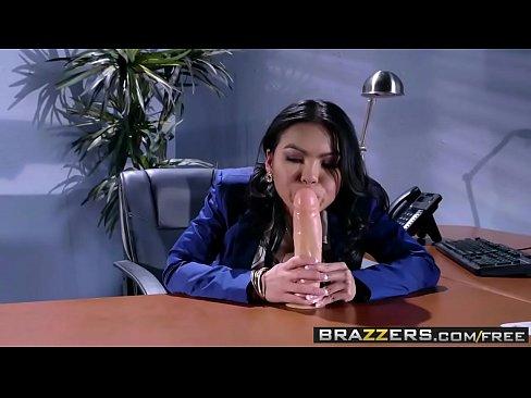 Brazzers - (Cindy Starfall)(Buddy Hollywood) -The Janitors Closet