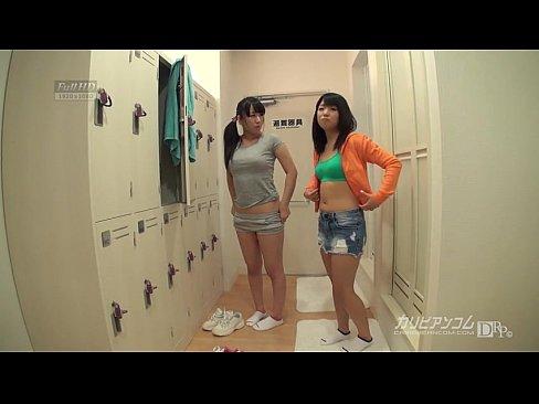 時間暫停,在女子更衣室幹了好多美女哦!