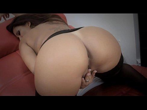 Descarca Porno Rominesti Cu Femei Ce Baga Degetul In Pizda