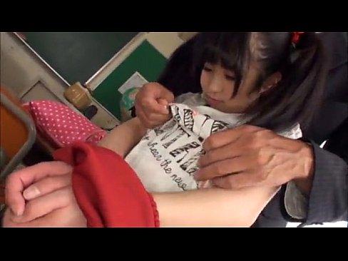 หลอกเย็ดนักเรียนครูสอนว่ายน้ำของขึ้น พามาบ้านสอนปี้เฉยหนังPornแนวเด็กน่าจะชอบ คลึงนมกันเสียวฟินมากๆ | Porn XXX แอบถ่ายนักศึกษา หนังโป๊เกาหลี