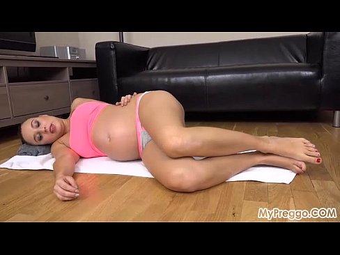 Pregnant Alyssa Breaks from Exercising to Masturbate!