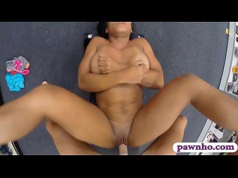 Free muscle chick sex vids