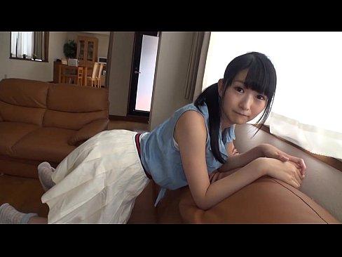 【ロリ動画】街で見つけた激カワ看板娘とガチ交渉!ホテルで濃厚エッチし...