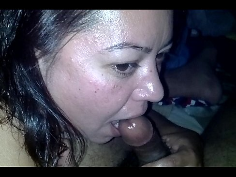 Pinay swallows the whole thing