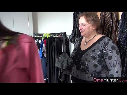 OmaHunter Teen girl licks chubby mature big boobs 7 min HD