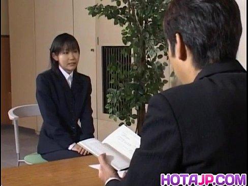 Yui Aina gets sucked penises