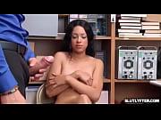 Penis zwischen den brüsten fessel sex spiele