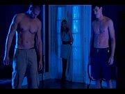 Nackt videos von casino royale mädchen mit dem perlenohrring analyse