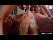 Tak et le pouvoir de porno sexy nude poussin se pencha sur