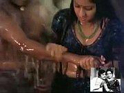 Sridevi &amp_ Rajnikanth Bath Together