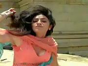 hot kajal aggarwal in shooting - hot videos.