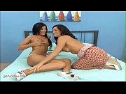 GirlsFuckToys.com hot mom milf takes advantage of young teen girls pussy dildo