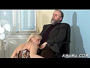 Ferngesteuerter dildo thai massage nackt