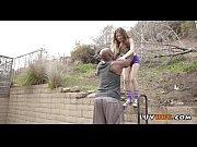 смотреть онлайн порно ролики рабыня лижет жопумужику