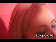 смотреть видео онлайн парень трахнул девушку