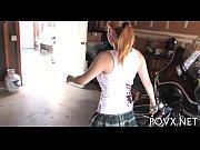Bombshell Lily Lovette