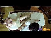 младшая сестричка спит голышом онлайн