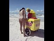 Fiestacasaldf: Esposa de micro bikini comprando picol&eacute_