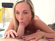 Teen Hoe Vinna Reed Enjoys Maintenance Guys Cock