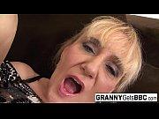 Frau zum squirten bringen av erotik
