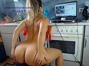 girl sexydea flashing ass on live.