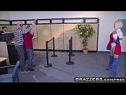 Brazzers Brazzers Exxtra Power Rack A XXX Parody scene starring Peta Jensen and Johnny Sins