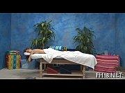 Adoos kvinnliga eskorter bee thai massage