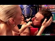 Jolie arabe baise dans le train elle veux argent poches elle baise