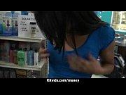 Beurette à la dagueniere rencontre femme célibataire sans capote possible