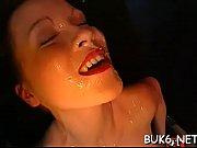 Voisine sans culotte ejac en bouche