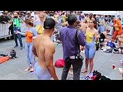 Amateur de videos de garcon buste de femme seins nu